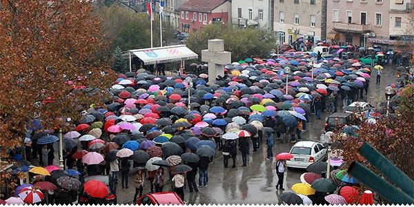 Prosvjed u Š. Brijegu: Zatražene ostavke zbog krupnih i neoprostivih propusta