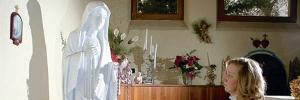 Papa Franjo poslao krunicu vidjelici Mariji